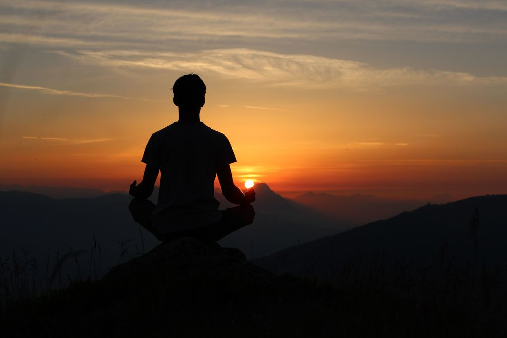 Meditation Can Help You Manifest A Successful Life in Less than 3 Months