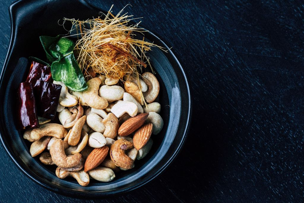 Eat Nuts, Seeds & Legumes for Powerful Zinc
